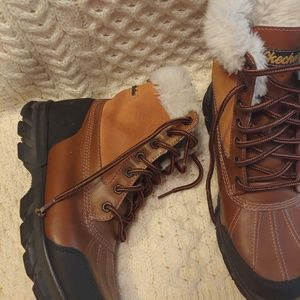 Skechers trail snow boots